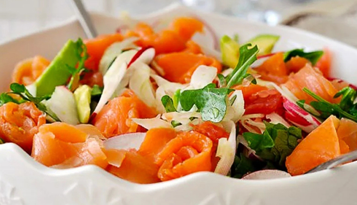Салат с сёмгой «Норвежский»